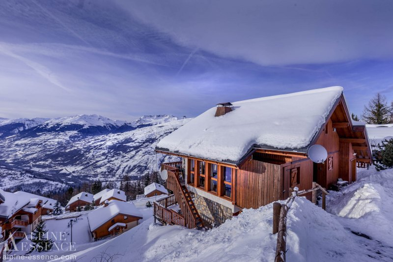 Chalet picture: La Couronne
